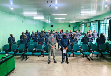 Em Tabatinga, MPE debate crimes eleitorais com policiais militares
