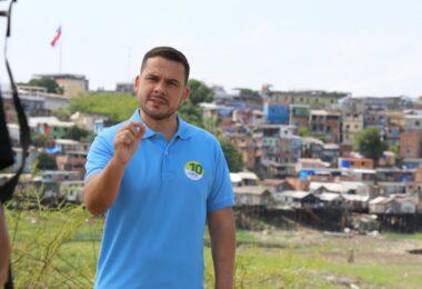 Alberto Neto reafirma seu compromisso com os profissionais da Educação