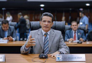 Mecias de Jesus é relator de projeto que ressarce consumidores de energia do Amapá