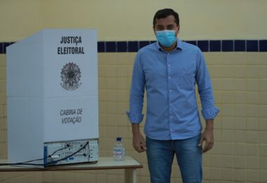 'Estarei de braços abertos para receber o próximo prefeito de Manaus', diz Wilson Lima