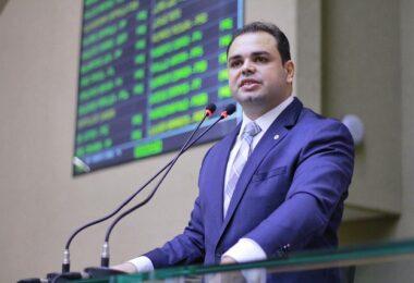Roberto Cidade é eleito presidente da ALEAM; Josué é eleito vice