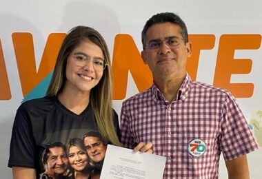 Fernanda Aryel assume presidência nacional do Avante Jovem