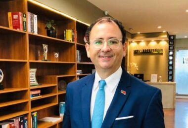 'O gosto do remédio é amargo, mas necessário', diz presidente da OAB-AM sobre medidas anti-Covid-19