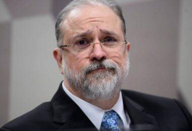 Augusto Aras diz que não há planos de novos afastamentos de governadores
