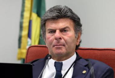 Presidente do STF pede união dos Poderes para conter crise no Amazonas