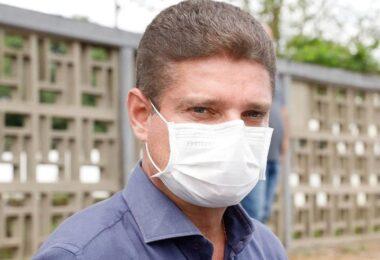 Marcos Rotta sugere a Jair Bolsonaro instalação de gabinete de crise em Manaus