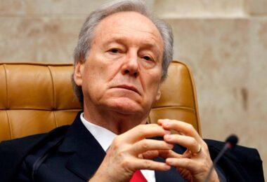 STF encaminha à PGR notícia-crime contra Bolsonaro e Pazuello por colapso no AM