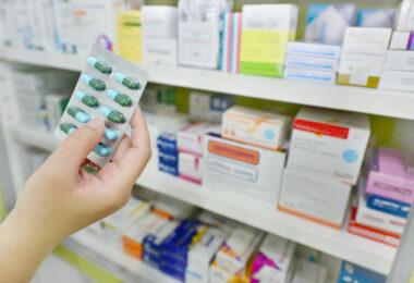 Deputado sugere distribuição de kits de medicamentos de prevenção ao Covid-19 em UBSs