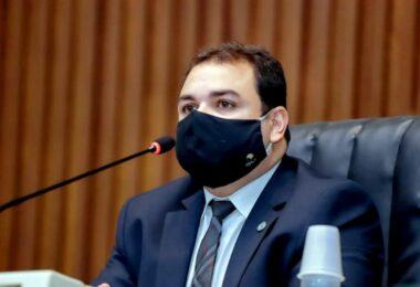 Presidente da Aleam, Roberto Cidade, apresenta PL que permite empresas comprarem vacinas no AM