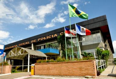 Wilson Lima envia PL à Assembleia para reposicionar 124 'delegados' que Braga colocou de forma inconstitucional