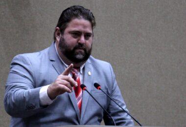 Comissão de Indústria da Câmara quer derrubada de resolução que afeta polo de duas rodas