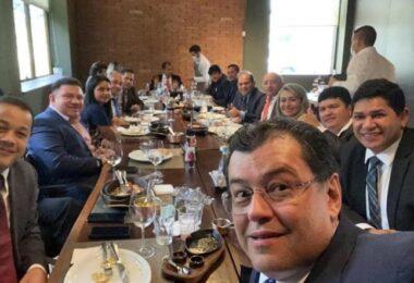 Almoço em Brasília confirma movimento de PSL em direção a Eduardo Braga