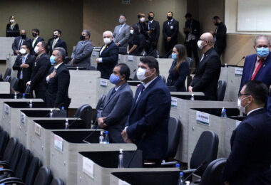 PL que cria dia em homenagem às vítimas da Covid-19 segue para sanção do prefeito