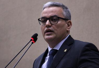 Em 2020, Arthur Neto gastou R$191 milhões em publicidade, aponta vereador Lissandro Breval