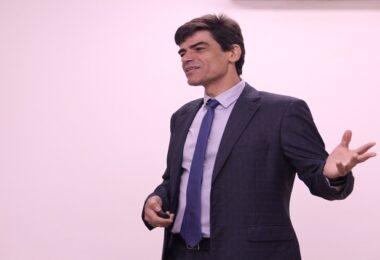 Alexandre Saraiva ironiza exoneração de Ricardo Salles: 'Continuo delegado'