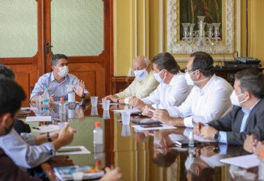 David Almeida comanda debate sobre reforma tributária e modernização do Distrito Industrial