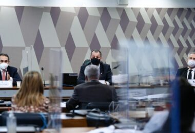 Intermediações de Wajngarten com a Pfizer voltam a ser questionadas na CPI