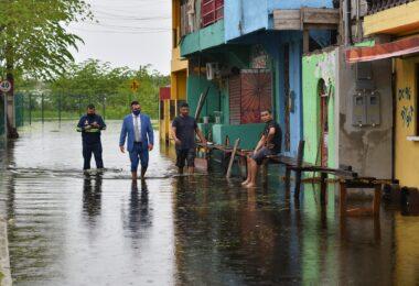 Vereador propõe tarifa social de água para vítimas da enchente em Manaus