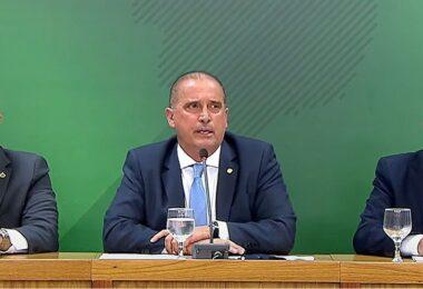 Onyx Lorenzoni diz que PF vai investigar deputado por falas sobre vacina