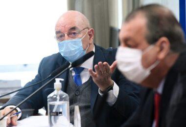 Terra nega 'gabinete paralelo' e diz que STF 'limitou' Bolsonaro; senadores reagem