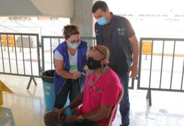 Wilson Lima anuncia marca de 100 mil vacinados em menos de 28 horas da campanha