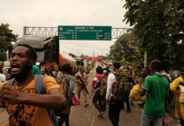 Comissão debate crise humanitária na fronteira do Acre com o Peru