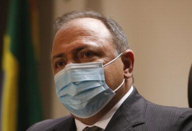 Senadores aprovam quebra de sigilos telefônicos e telemáticos de Pazuello e Ernesto Araújo; veja lista completa