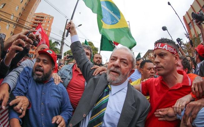 Lula ganha ação na justiça